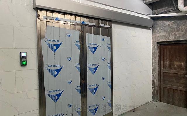 广州花都区食品厂安装指纹门禁电动门